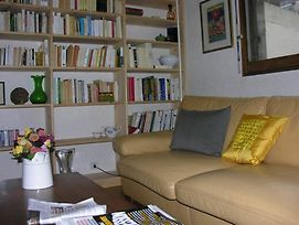 Apartment With One Bedroom In Paris With Wonderful City View Enclose photos Exterior