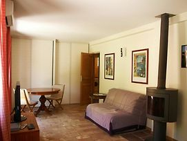 Studio In Cagnes-Sur-Mer, With Pool Access, Enclosed Garden And Wifi - photos Exterior