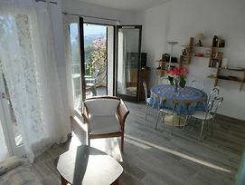 Studio In Theoule-Sur-Mer, With Wonderful Sea View, Furnished Terrace photos Exterior