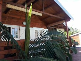 Bungalow With One Bedroom In Saint-Joseph, With Wonderful Mountain Vie photos Exterior