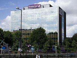 Premier Inn London Wembley Park photos Exterior