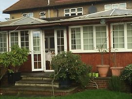 Colnbrook Lodge Guest House photos Exterior