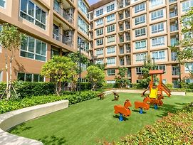 Baan Thew Lom By Favstay photos Exterior