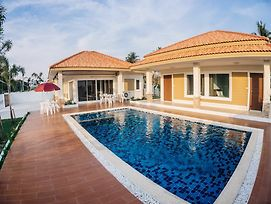 The Legacy Huahin Pool Villa photos Exterior