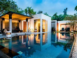 Excellence Beachfront Villa photos Exterior