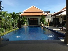 Ban Bua Luxury Villa photos Exterior