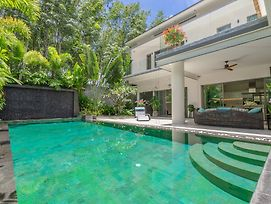 Diamond Tree Villas By Baanjai Phuket photos Exterior