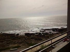 Apartment With 2 Bedrooms In Matosinhos With Wonderful Sea View Pool Access Enclosed Garden 100 M From The Beach photos Exterior