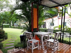 Ban Lek Resort photos Exterior