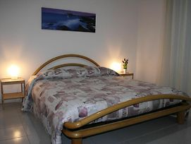 Apartment With 2 Bedrooms In Pescara With Balcony And Wifi 300 M From The Beach photos Exterior