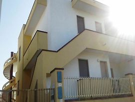 Apartment With 2 Bedrooms In Torre Pali, With Enclosed Garden - 800 M photos Exterior