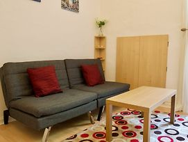 1 Bedroom Flat With Sofabed Sleeps 4 photos Exterior