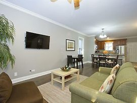 Expansive 4Br In Near West Side By Sonder photos Exterior