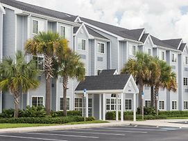 Microtel Inn & Suites By Wyndham Spring Hill/Weeki Wachee photos Exterior