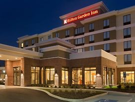 Hilton Garden Inn Pittsburgh Airport South - Robinson Mall photos Exterior