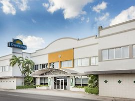 Days Inn By Wyndham Miami Airport North photos Exterior