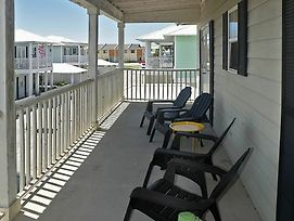 Seaview Cottages 6 Great Value Family Vacation Home And 2 Minute Walk photos Exterior