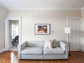 Classic Studio In Back Bay By Sonder photos Exterior