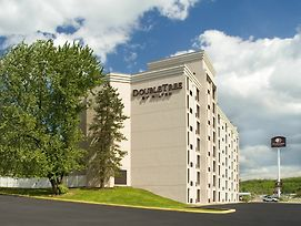 Doubletree By Hilton Hotel Pittsburgh - Meadow Lands photos Exterior