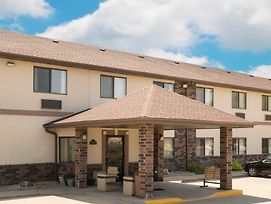 Days Inn By Wyndham Mankato photos Exterior