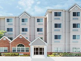Microtel Inn & Suites By Wyndham Tuscaloosa Near University photos Exterior