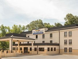 Baymont Inn & Suites Rome West photos Exterior