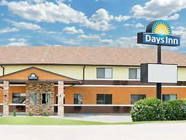 Days Inn By Wyndham York photos Exterior