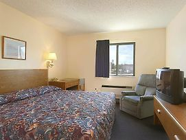 Super 8 By Wyndham York Ne photos Room