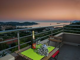 Overwhelming Mediterranean Sunset Apartments photos Exterior