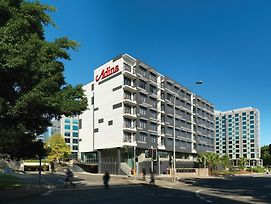 Adina Apartment Hotel Sydney Airport photos Exterior