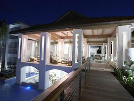Beach Club Port Douglas 3 Bedroom Luxury Apartment photos Exterior