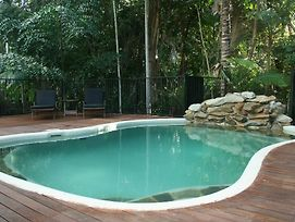 Atoll Close Port Douglas Holiday House photos Exterior