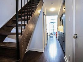 Pinnacle Suites - Trendy 2-Story Loft Offered By Short Term Stays photos Exterior