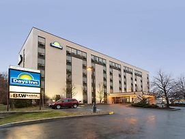 Days Inn By Wyndham Ottawa West photos Exterior