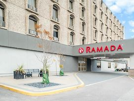 Ramada By Wyndham Saskatoon photos Exterior