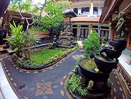 Pondok Denayu Homestay photos Exterior