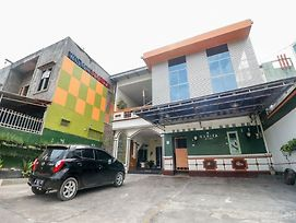 Reddoorz Near Kartini Mall Lampung photos Exterior
