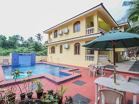 Oyo 10974 Home 1Bhk Pool View Colva photos Exterior