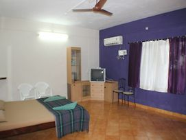 Oyo Stayout Holiday Apartment Calangute photos Exterior