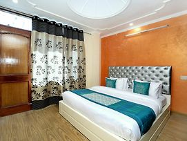 Oyo 10406 Home Luxury 3Bhk New Shimla photos Exterior