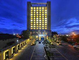 Doubletree By Hilton Pune Chinchwad photos Exterior