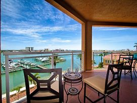 Belle Harbor 509M Stunning Luxury Condo With Panoramic Water View. 23072 photos Exterior