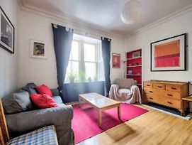 Homely 2Br Flat In Edinburgh By Guestready photos Exterior