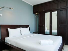 Best Location 2Br At Beverly Tower Apartment Tb. Simatupang By Travelio photos Exterior
