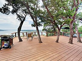 New Listing! Lake Travis Treehouse W/ Private Dock Home photos Exterior