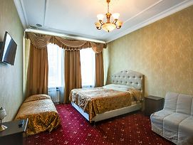 Bolshoy 19 Mini Hotel photos Exterior