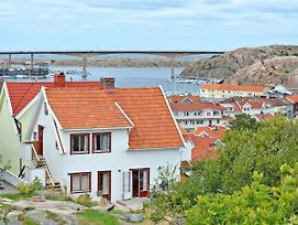 Two-Bedroom Holiday Home In Kungshamn 1 photos Exterior