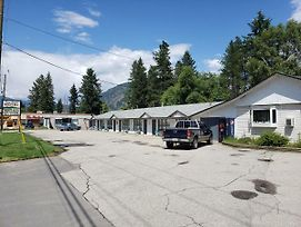 Twin Rivers Motel photos Exterior