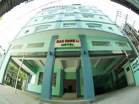 Man Shwe Li Hotel photos Exterior