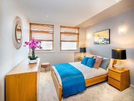 Stylish Central Reading Apartment With Free Parking photos Exterior
